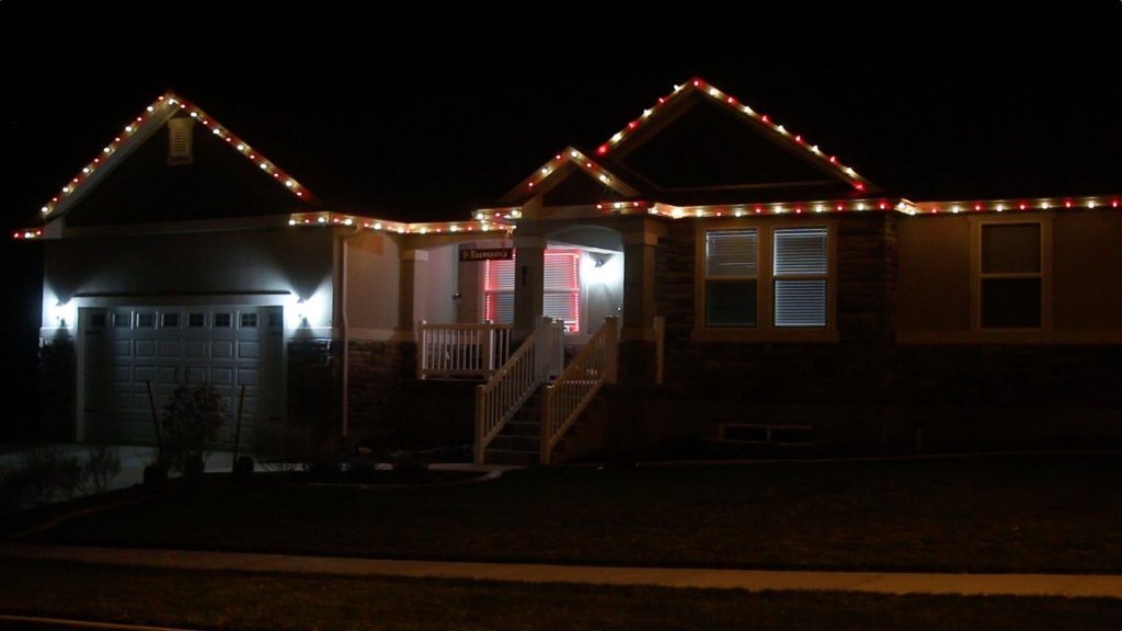 pvc-christmas-light-setup