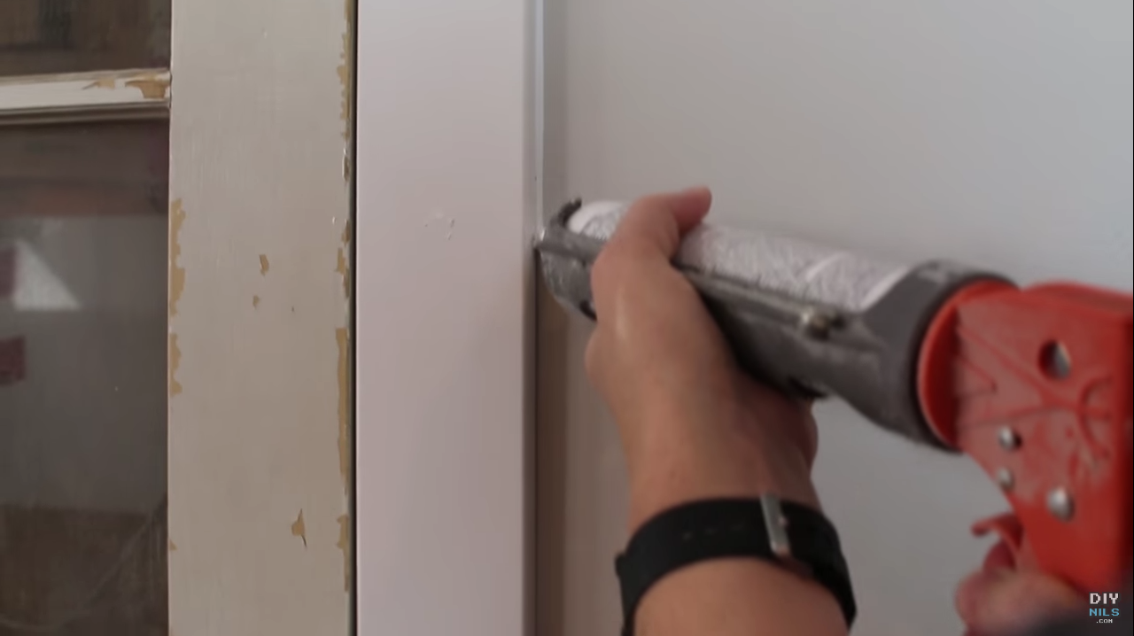 How to Caulk Like a Pro